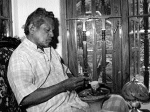 ජයසේන ජයකොඩි - Jayasena Jayakodi